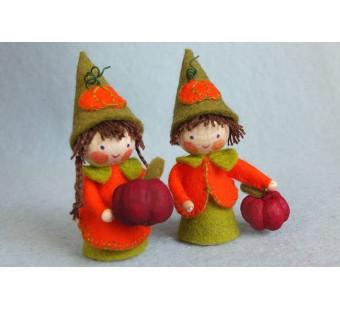 two small pumpkin dwarfs