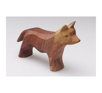 Predan wooden standing dog