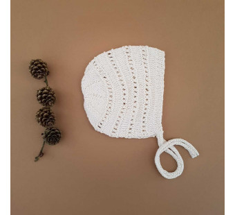 Lillelovaknits 100% silk bonnet 'Alma' milk