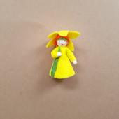 Seasonal doll daffodil