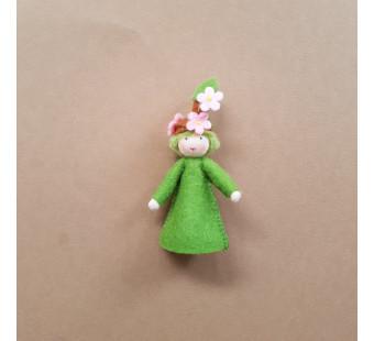 vilten poppetje bloeiende voorjaarstak