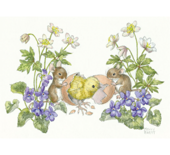 Postkaart Two mice with chick hatching from egg  (Molly Brett) 222