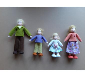 Vilten poppetje poppenhuis poppetjes blond haar