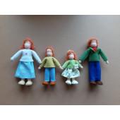 Vilten poppetje poppenhuis poppetjes rood haar