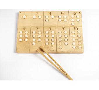 Montessori houten cijferbord 1-10 met houten en wolvilt balletjes
