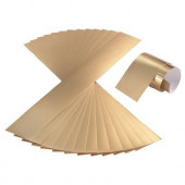 Gouden stroken karton om kronen mee te maken