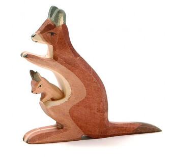 Ostheimer kangaroo mother and child (2062)