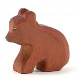 Ostheimer kleine beer zittend (22004)