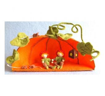 Pumpkin house (atelier Pippilotta)