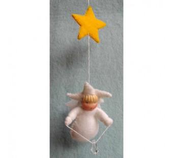 Child with star (atelier Pippilotta)