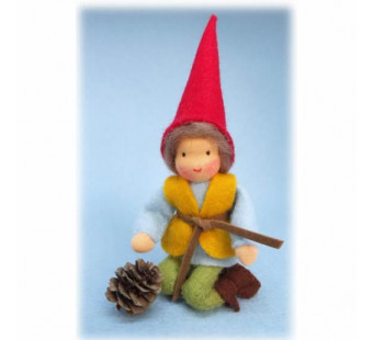 dwarf with larch apple (Atelier Pippilotta