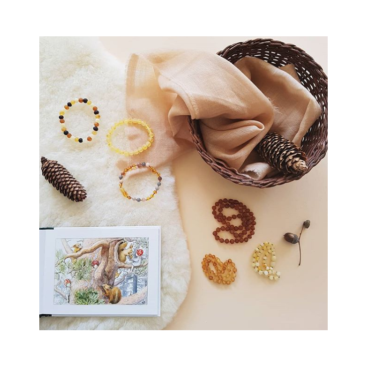 Amber kettingen en armbanden voor kinderen en volwassenen